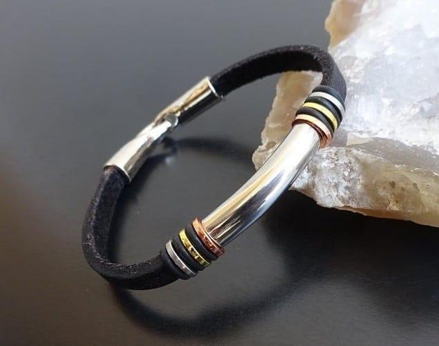 Mens leather bracelet silver clasp