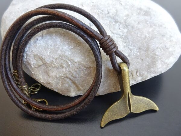 Bronze Whale tail leather necklace