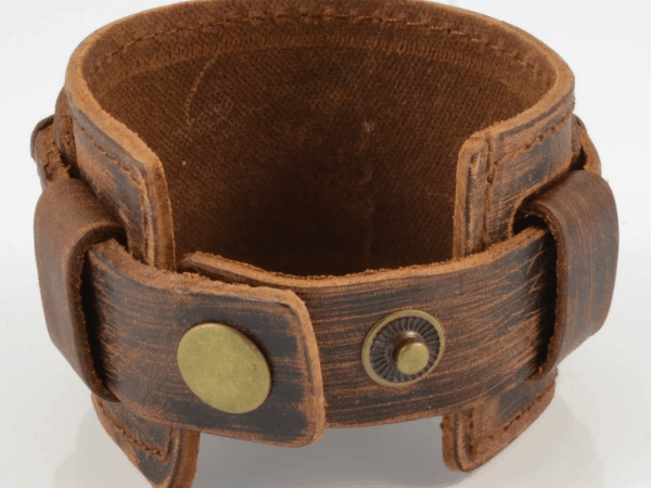 leather cuff bracelet with 2 buttons